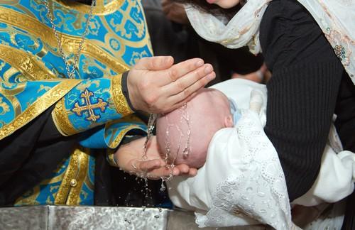 Что делать с крестильным набором после крещения