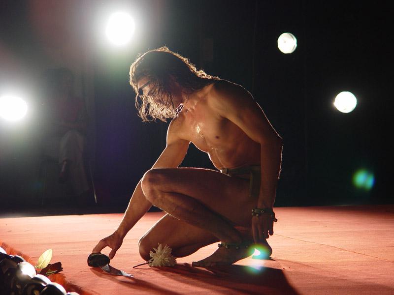 Театр голые актёры видео