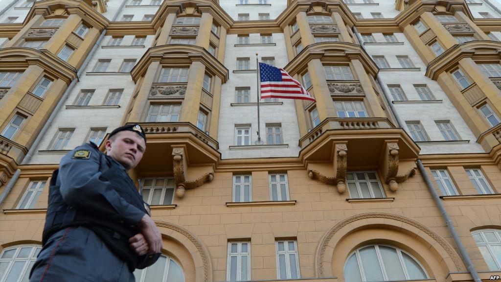 В доме 13 по кропоткинскому переулку уже более 40 лет находится посольство австралии