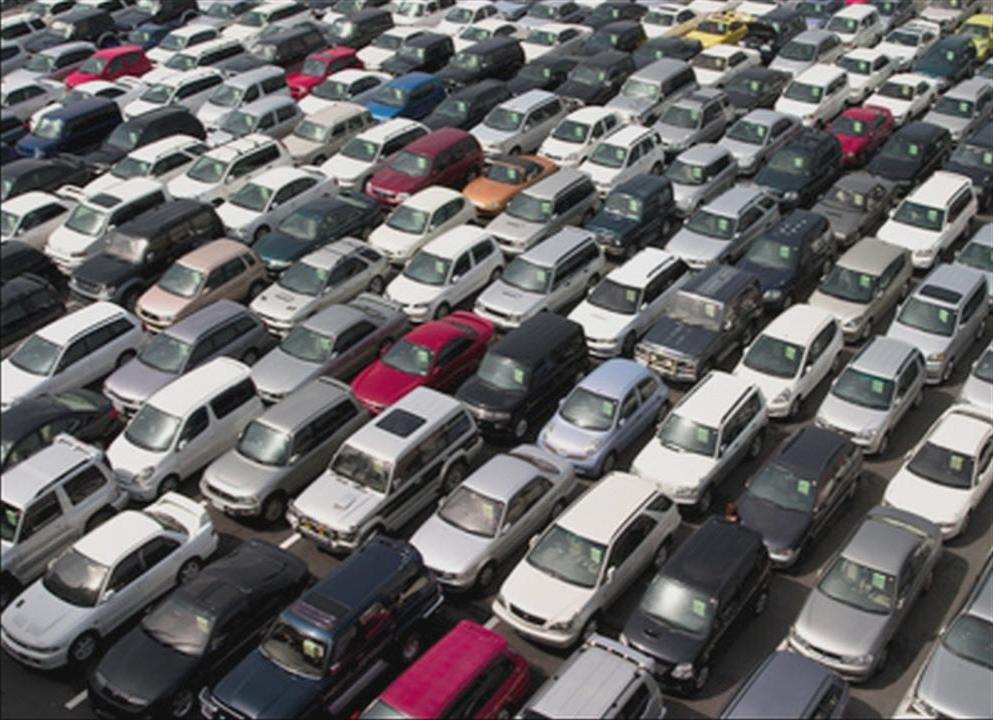 Продажи новых машин в России снизились на 5% в сравнении с прошлым годом