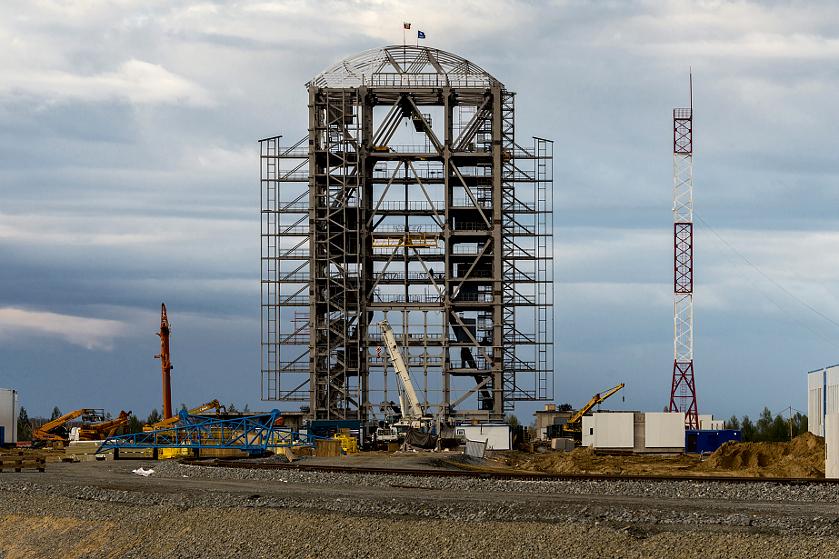 На Восточном круглосуточно и без выходных кипит работа чтобы запуск ракеты-носителя состоялся вовремя