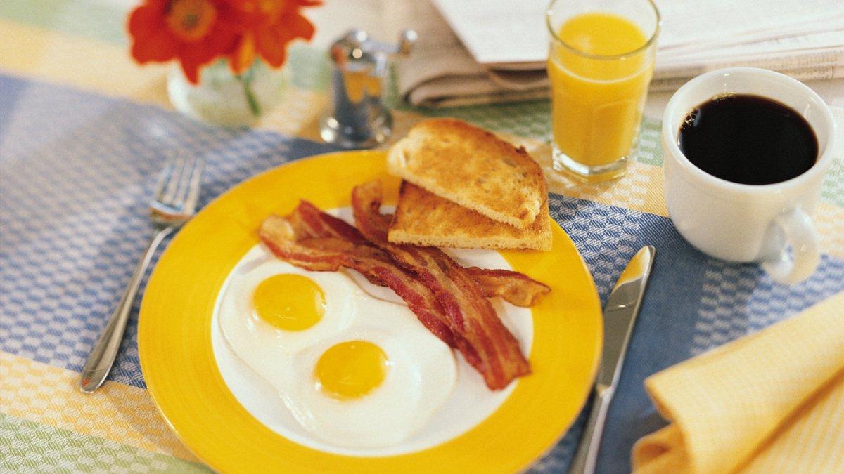 Пропуск завтрака доводит до инсульта