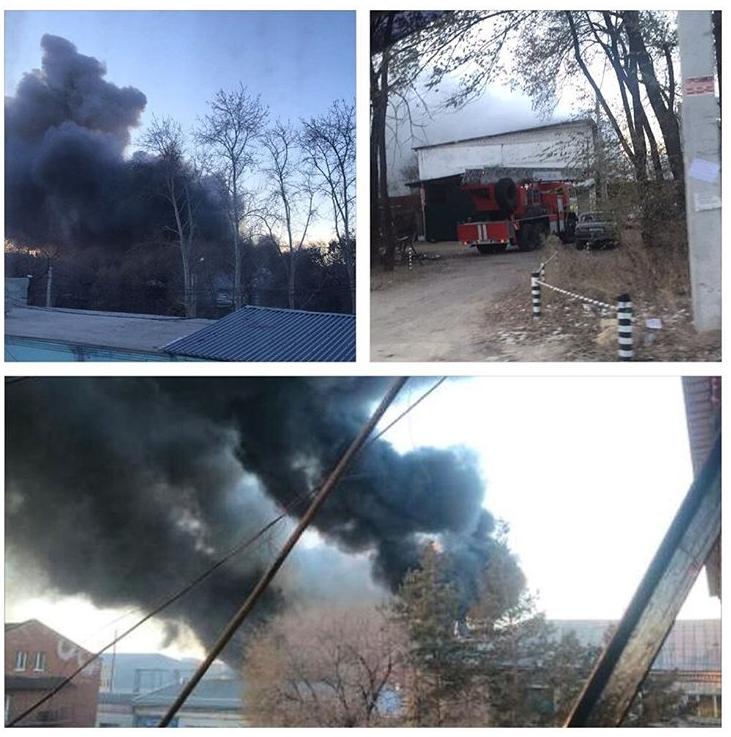 ВБлаговещенске два часа гасят серьезный пожар