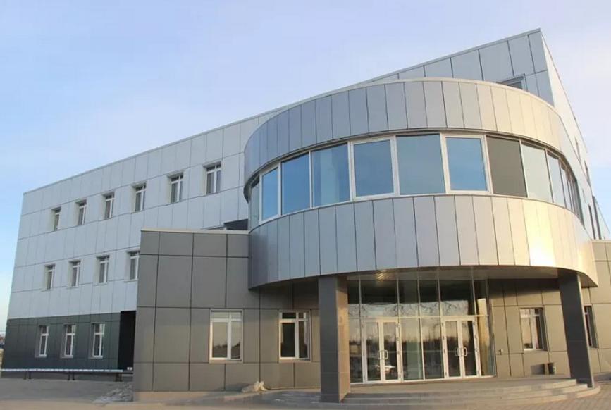 ВАмурской области строители космодрома Восточный сдали клиенту строение железнодорожного вокзала