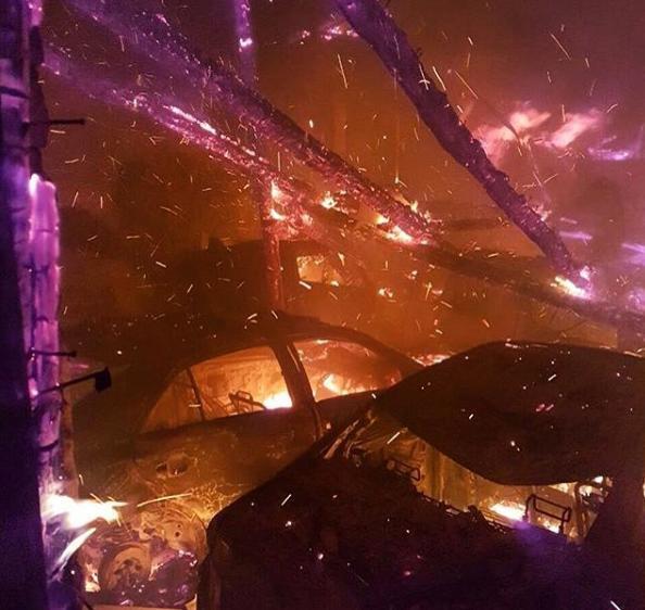 30 авто согрело при пожаре наавтостоянке вБлаговещенске
