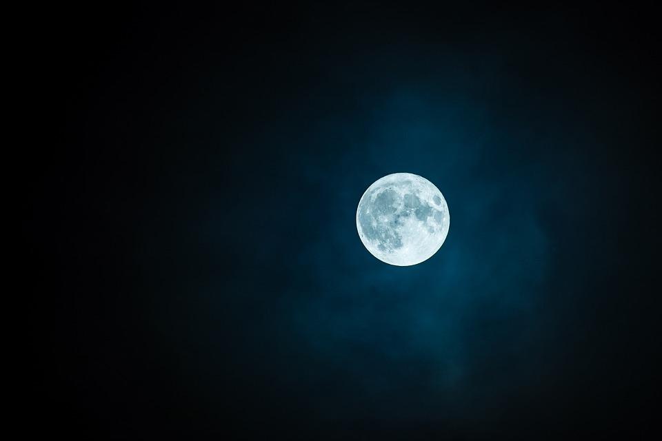 Ученые рассказали, что будет с Землей, когда взорвется Луна