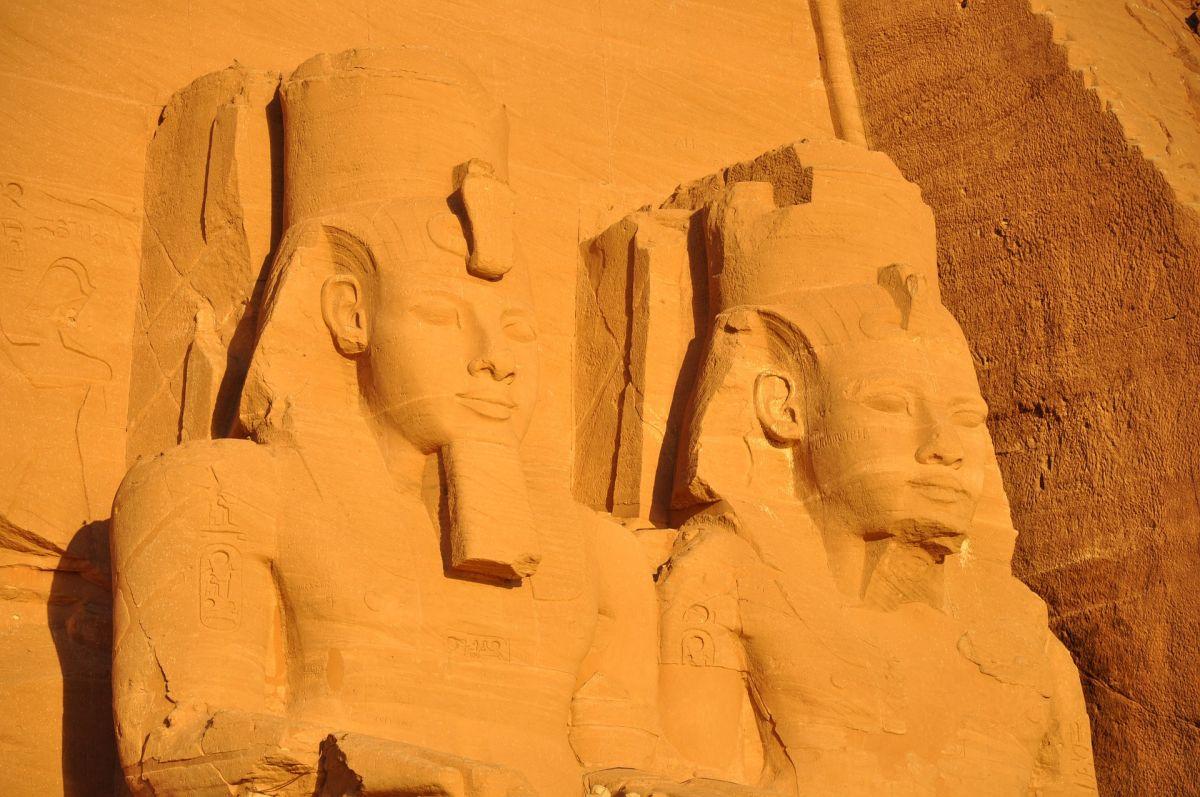 Сенсационное открытие генетиков: египетские фараоны— гибриды пришельцев