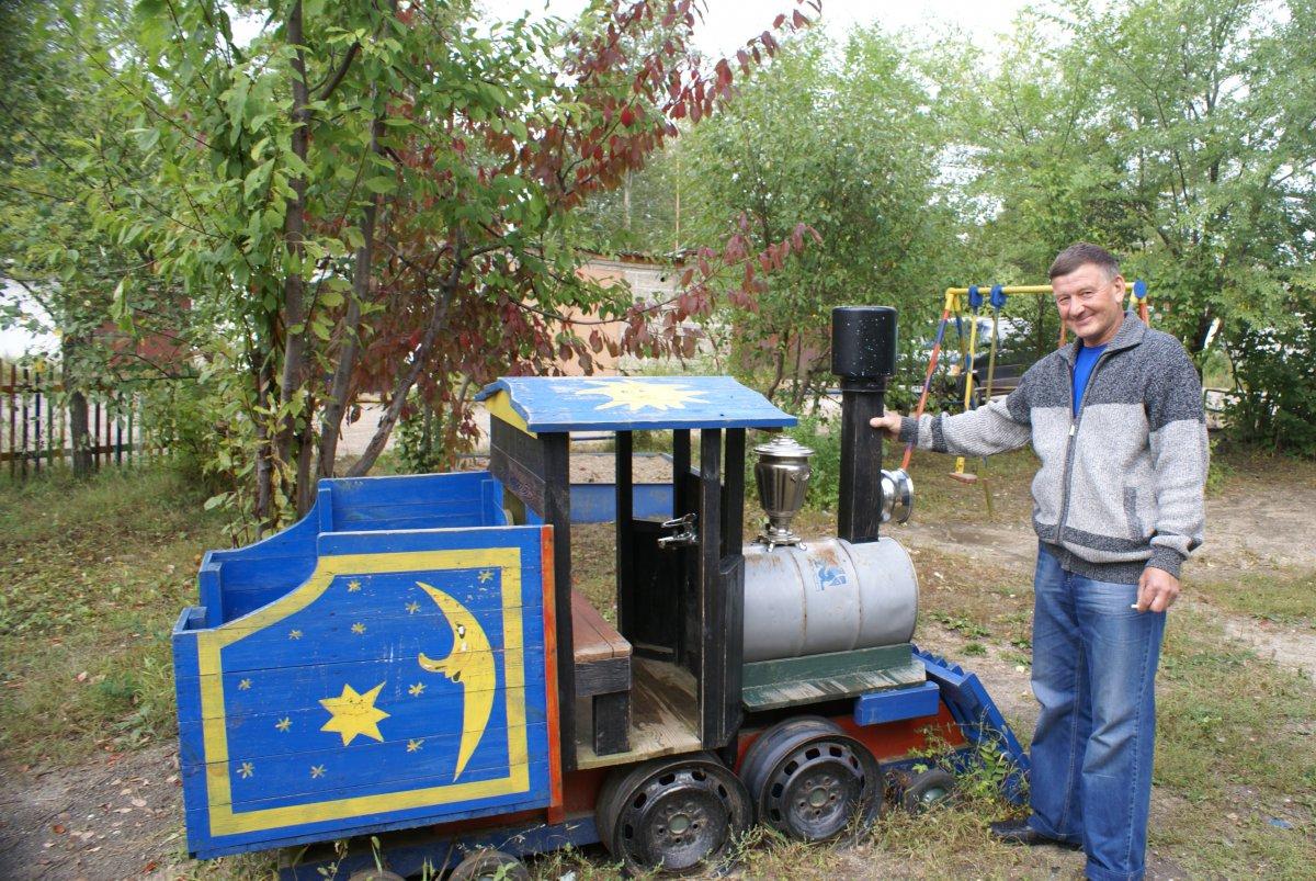 Поезд на детскую площадку своими руками 440