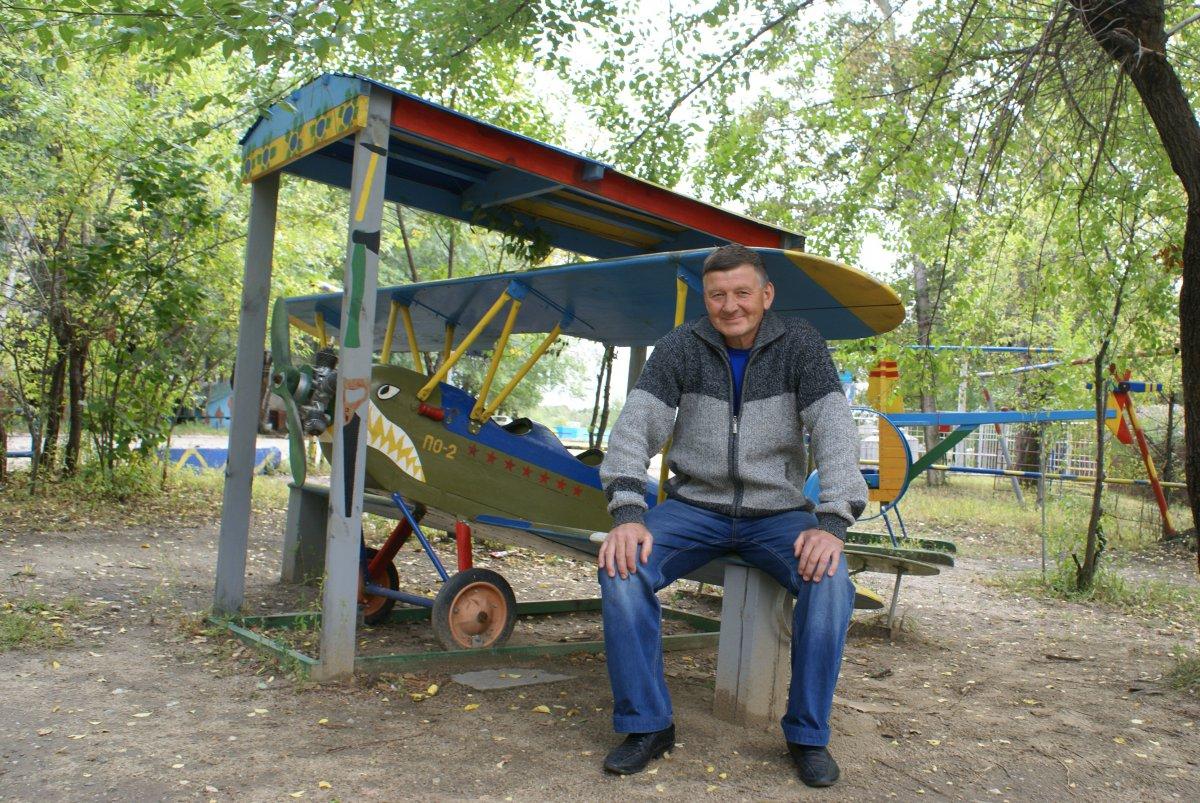 Деревянный самолет для детской площадки своими руками 99