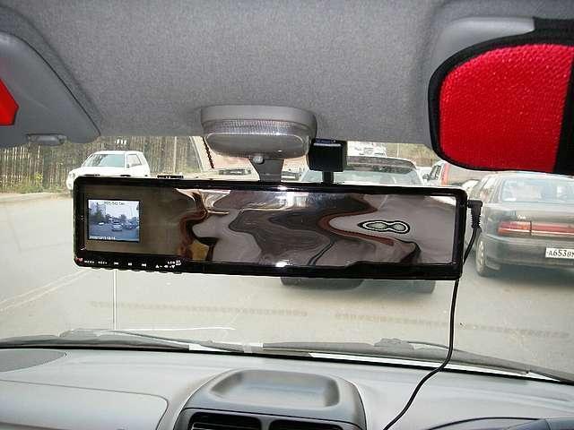 Установка видеорегистратора в зеркало заднего вида